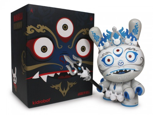 Mahakala_Dunny8in_WhiteWithBox_800